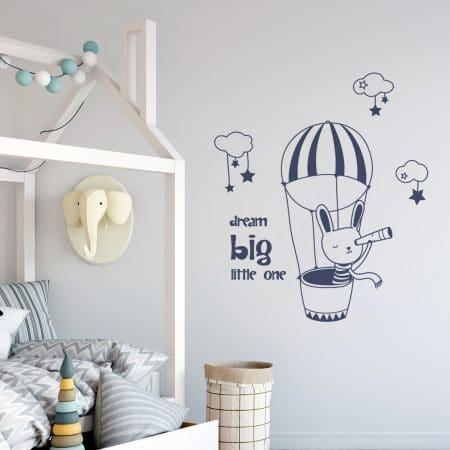 """Sticker Mural dans une chambre enfant """"Rêve en Grand Petit"""""""