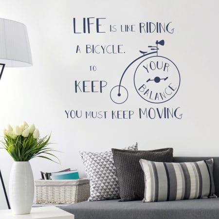 """Sticker Mural """"La Vie est comme faire du vélo"""""""