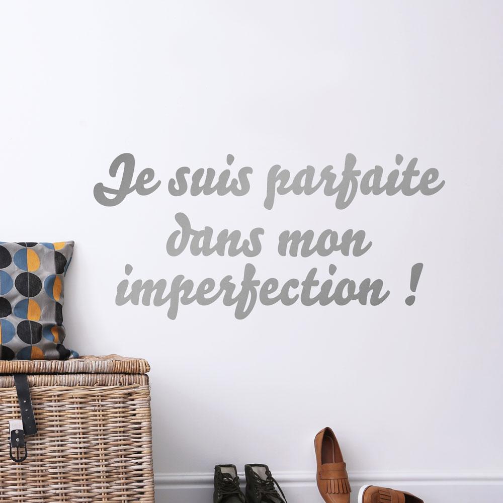 Je-suis-parfaite-dans-mon-imperfection-1000x1000_2
